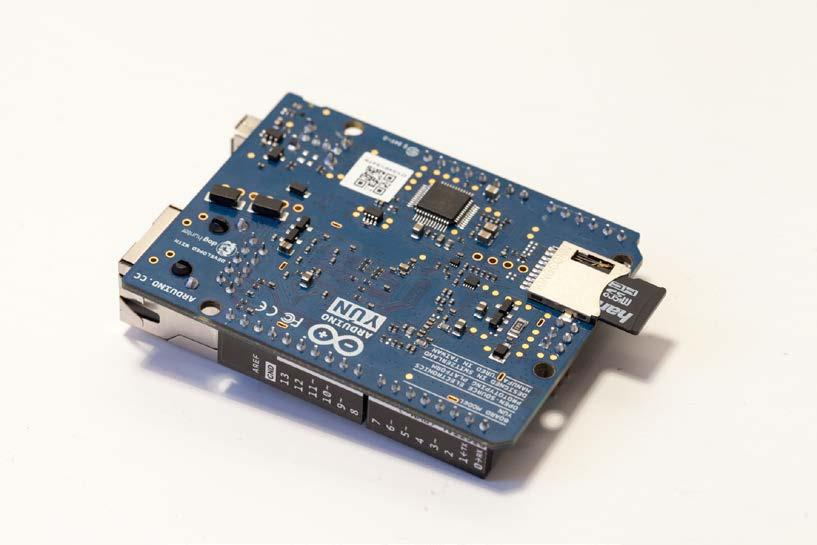 Wi-Fi Remote Security Camera You can are now logged into the Arduino Yùn.