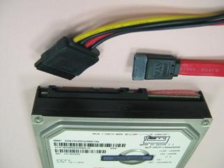 How to Hot Plug a SATA / SATA2 / SATA3 HDD: Points of attention, before you process Hot Plug: Please