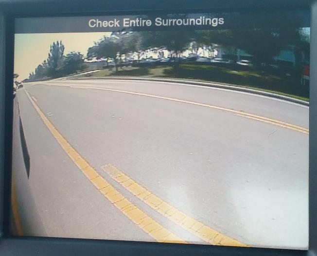 CHRY MULTI-CAM Operation Information (continued) Turn Signal Cameras: To display TSCs, simply use the turn signals as you would normally and the connected image will display either all the time