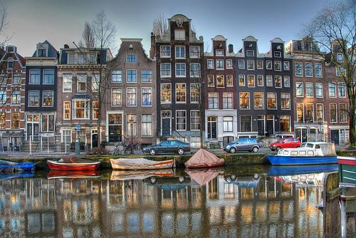 Amsterdam 25 June (12pm-6pm): Policy-Rule based Data Management 26 June