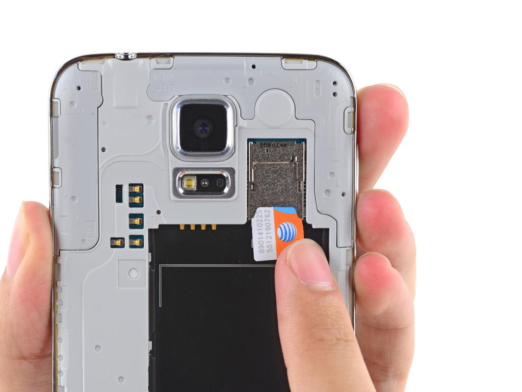 Step 3 microsd Card Using a fingertip, pull the microsd card straight down out of its slot.