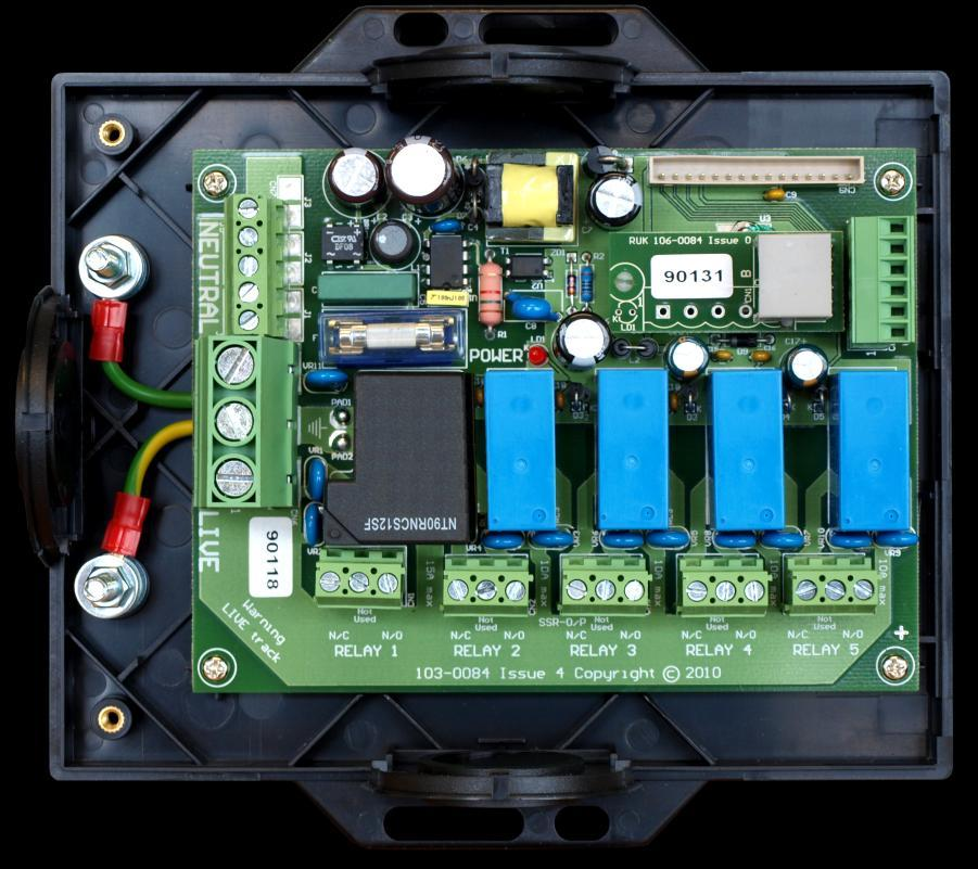 Relay 5 Relay 4 Relay 3 Relay 2 Relay 1 ML Twin Controller Installation Guide Relay Modules The ML controller is supplied in two parts, a panel mount display / control unit and a relay / power supply