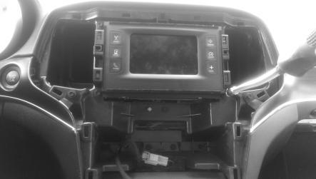 INSTALLATION DAMAGE TO THE VEHICLE RADIO HEAD UNIT IS EXPRESSLY NOT COVERED UNDER THE PRODUCT WARRANTY.
