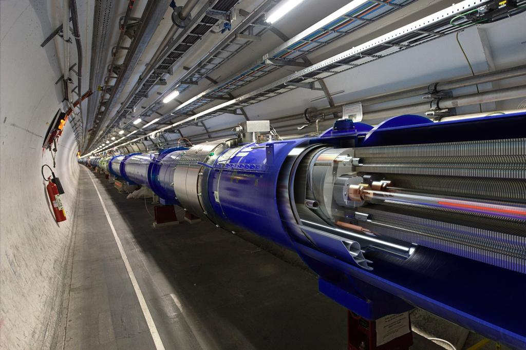 THE LARGE HADRON COLLIDER 3 TUNNEL VISION 27 km