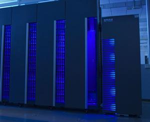 CMS Tape: ~ 900 TB ~ 800 cores, 2 GB Ram per core D-Grid Resources: