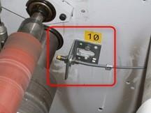 1. 2. 3. 1. Counter-sensor close to the shaft 2. Copper plate on the shaft 3. Connection box 9.1.3.4 Step 3: Installing the CounterBoXX + connect the counter-sensors A detailed description of connecting the counter-sensor can be found in this document: http://www.