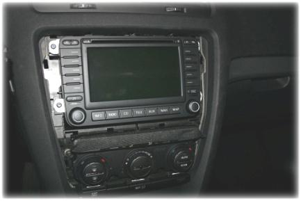 Instruction for VW Golf 5, Touran and Skoda with MFD2/RNS2/Nexus: 1.