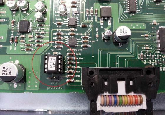 12) Locate the EDID chip (IC48) on each Vistonics Control board (the board mounted behind each TFT screen) check the version of this and replace if necessary with the new devices supplied in the