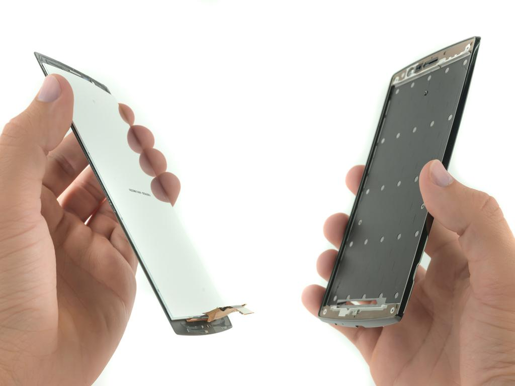 screen and digitizer assembly in the LG G4 smartphone.