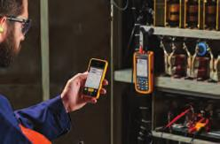 Fluke 120B Series Industrial ScopeMeter Hand-Held Oscilloscopes Simplified testing, more insight and faster electro-mechanical troubleshooting The compact