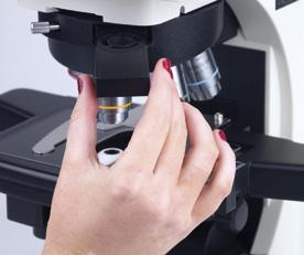 A motorized nosepiece allows the user to concentrate on their sample without moving their hands away from the main controls.