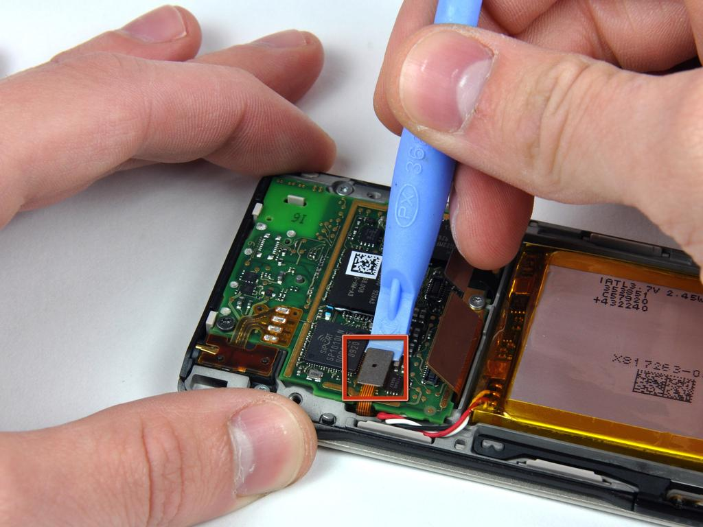 Microsoft Zune HD OLED Display Replacement Step 7 Use a Zune opening tool to