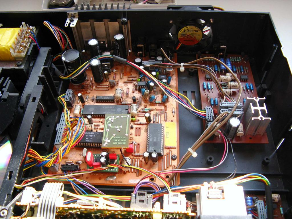 Audio Restoration Project Repair Philips Magnavox Marantz Cd650 Cbl Cbl2 Labpro Control Circuit Diagram Completed Interior Here You Can See The Nos Mod Socketed Opamps And All